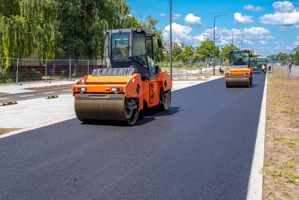 What is Sealcoating Pavement?